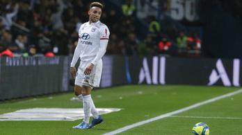 Látványos gólt lőtt a Lyon védője, a saját kapujába