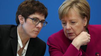 Nem lesz kancellár Merkel utódjelöltjéből