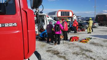 Ketten meghaltak egy lengyel síközpontban a Ciara miatt