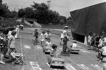ajanlo-70-es evek