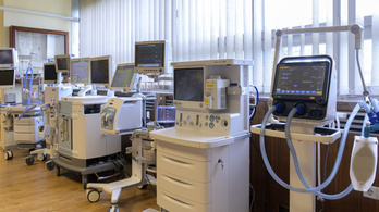 Kórházi beszállítók: Uniós jogot sért, ha az állam csak részben fizeti ki a tartozását