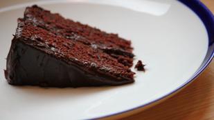 Próbáltad már a csokitortát egy adag céklával?