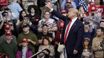 Trump szerint addig jár a koronavírus a kútra, míg meg nem jön a tavasz