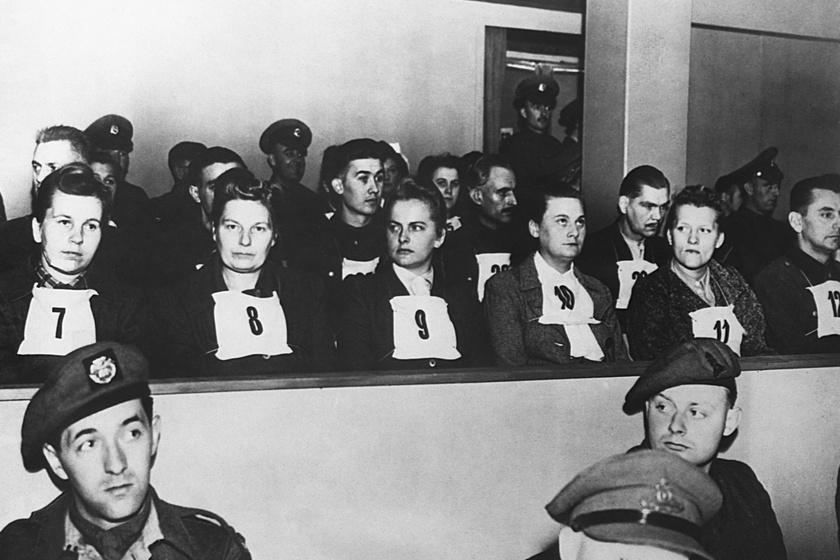 Irma Grese 9-es számmal a bírósági tárgyaláson.