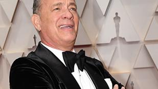 Tom Hanks fia videón üzent: szülei a körülményekhez képest jól vannak