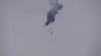 Lelőttek egy helikoptert Szíriában