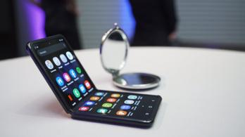 Tovább hajtogatja a telefonjait a Samsung