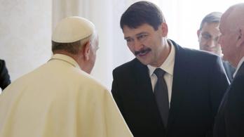 Áder János négyszemközt találkozik Ferenc pápával