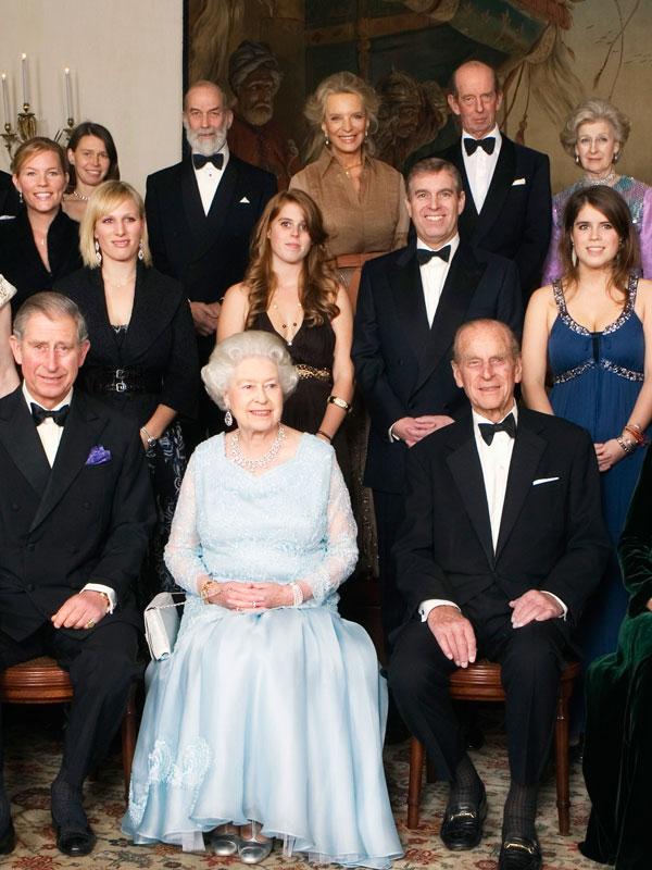 Hány fő lehet ott a királynő hivatalos vacsoráján?