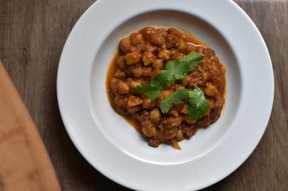 Hús nélkül is készülhet csodálatos sólet: vegetáriánus, csicseris változatot mutatunk