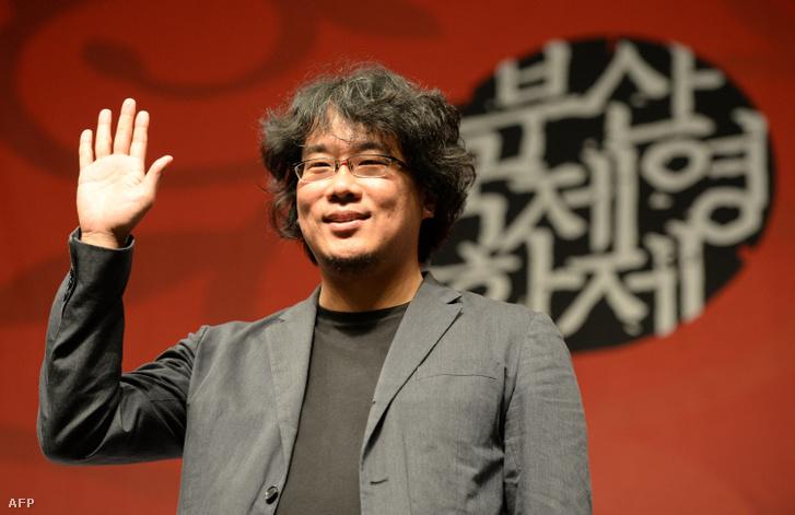 Pong Dzsunho a Snowpiercer című film sajtótájékoztatója után 2013. január 7-én a 18. Puszan Nemzetközi Filmfesztiválon
