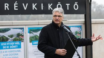 A szentendrei polgármester szerint Révész Máriusz nem mond igazat