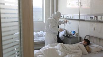 Kínai koronavírus: egy nap alatt kiugróan megnőtt a halálos áldozatok száma
