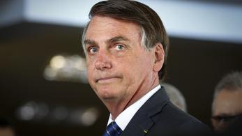 Bolsonaro: A pápa lehet argentin, de Isten brazil