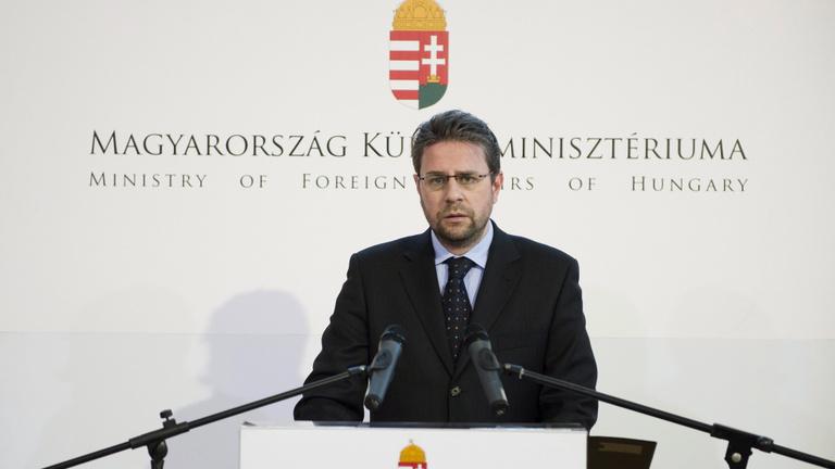 Egy dél-koreai oldal lefülelése buktathatta le a magyar nagykövetet