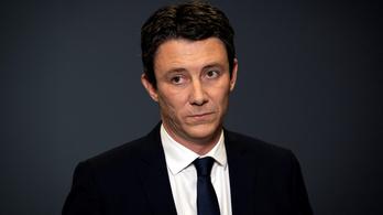 Szexbotrány miatt visszalépett Macron párizsi polgármesterjelöltje