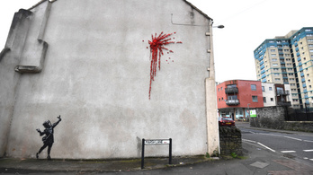 Falra csúzlizott virágokkal lepte meg Banksy Bristolt