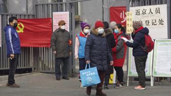 Kéthetes karanténba kell vonulnia minden Pekingbe visszatérő lakosnak