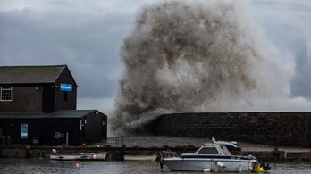 Brutális vihar csap le szombaton az Egyesült Királyságra