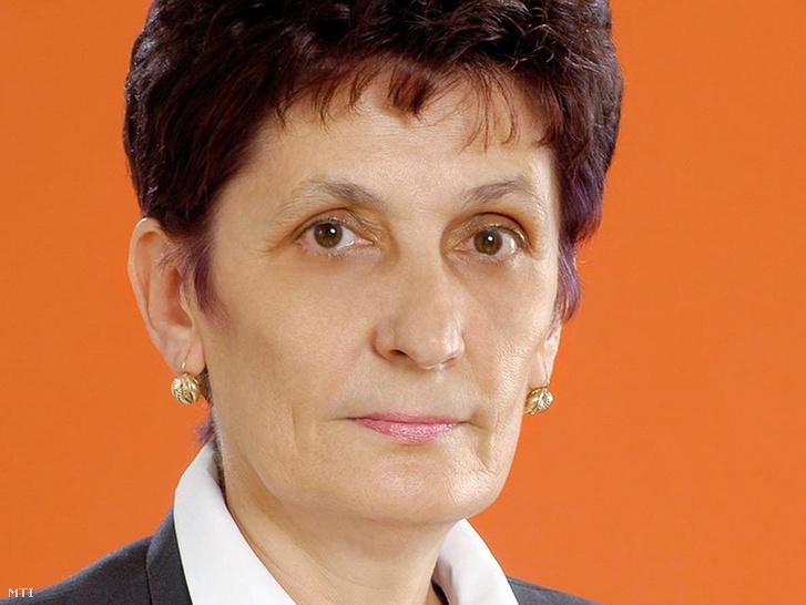 Balla Irma portréja Debrecen város hivatalos honlapjáról.