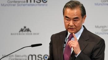 Peking: Amerika ne veszítse már el a józan eszét!