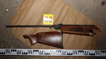 Tizenöt éves lány lőtte mellkason öccsét nagyapjuk légfegyverével Kiskunfélegyházán