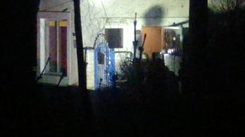 Péntek éjszaka kiürített egy házat Budaörsön a TEK