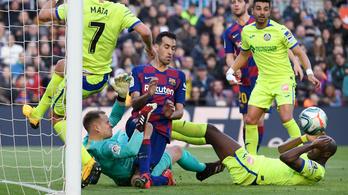 Három érintés kellett a spanyol futballszezon védéséhez