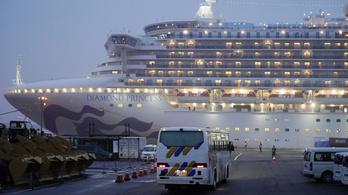 Megkezdték az evakuálást a karanténba zárt luxushajóról