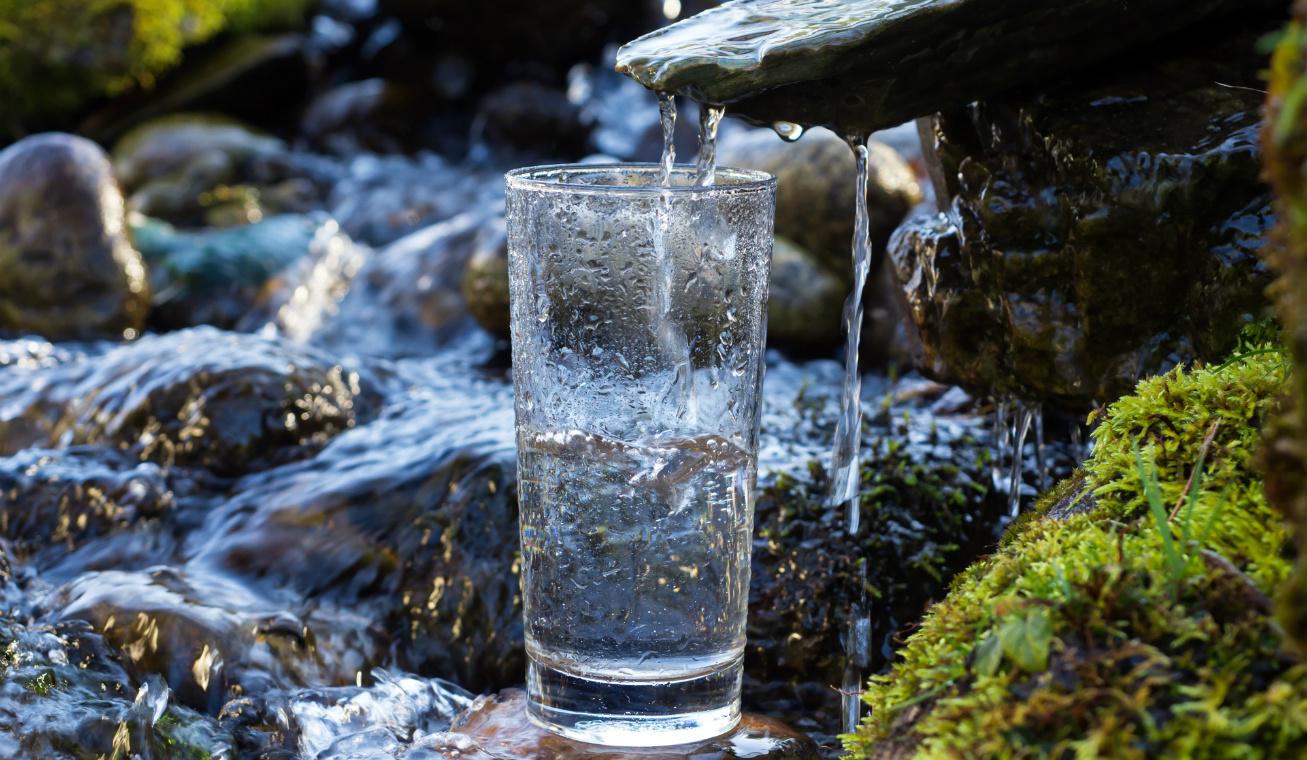 szulfátos víz nyitó