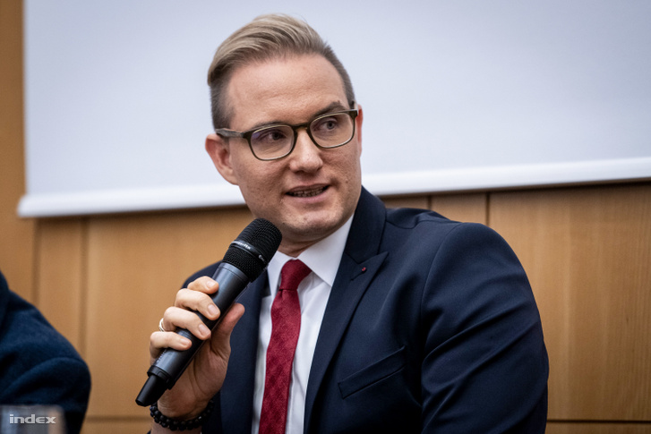 Lakner Zoltán (politikai elemző, a 168 Óra volt főszerkesztő-helyettese)