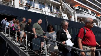 Koronavírus: karanténba kerül az óceánjáróról hazatért két magyar