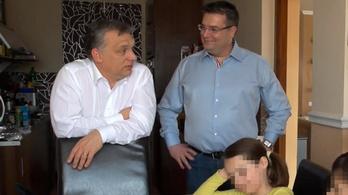Egy éve tologatja a börtönbe vonulást az Orbánt vendégül látó családfő