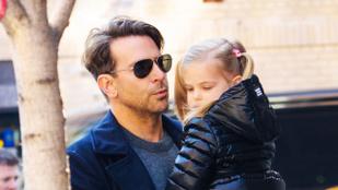 Bradley Cooper decens apukaként sétált kislányával