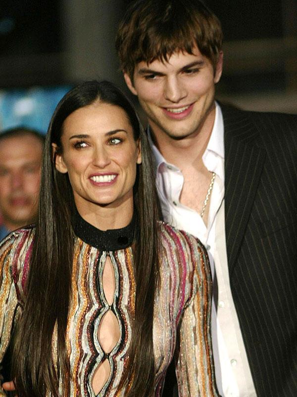 Ashton Kutcher melyik színésznővel volt együtt, mielőtt összejött Demi Moore-ral?
