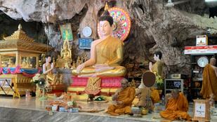 Buddha lábnyomának nyomában – avagy egy kurta kaland Dél-Thaiföldön