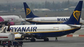 Vizsgálatot kezdeményez a kormány a veszteglő Ryanair-gép ügyében