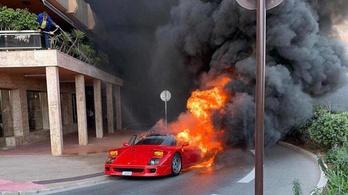Porrá égett egy Ferrari F40