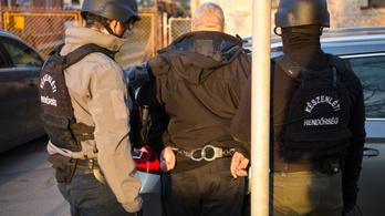 Prostituáltakat futtató magyar bandát fogott el a rendőrség