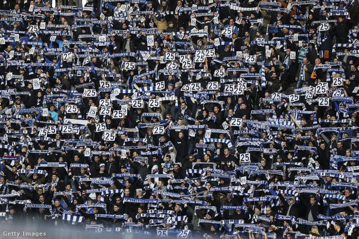 Hertha-szurkolók az Olimpia Stadionban