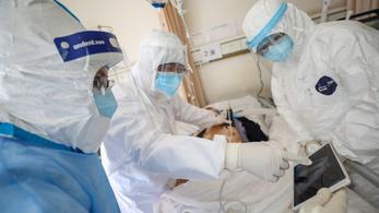 Jelentősen csökkent a napi új koronavírusos megbetegedések száma Kínában