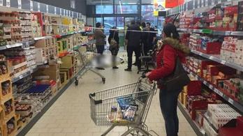 Nem zárt be a temesvári Lidl, miután egyik vevőjük meghalt a boltban