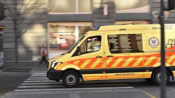 Sokszor kiérnek a mentők 15 percen belül – legalábbis az elindulástól számítva