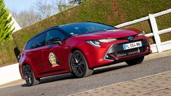 Menetpróba: Toyota Corolla Wagon, 2019. – Mortefontaine, Év Autója-tesztelés