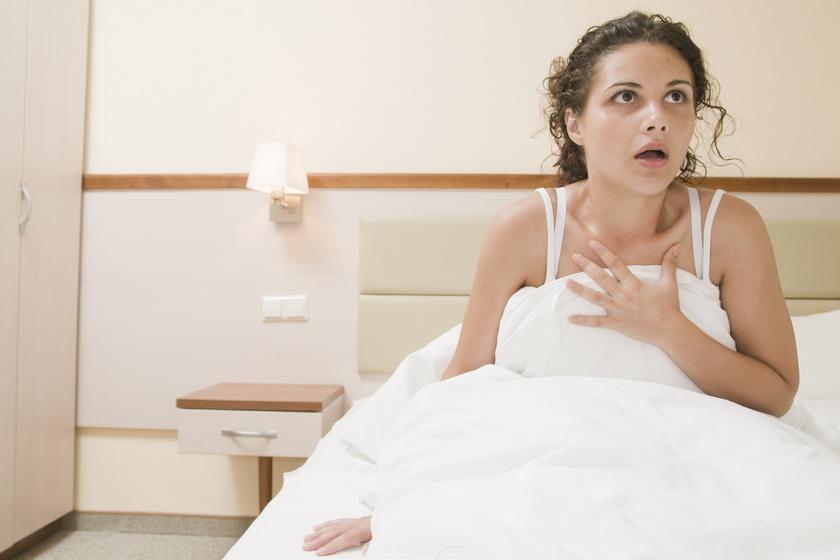 Hasonlít a szívrohamra, de mégsem az: a pánikroham ijesztő tünetei és kezelése