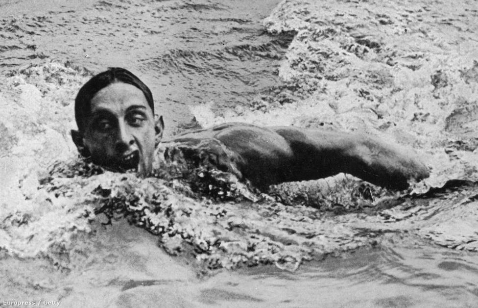 1936. Berlin. Csík Ferenc, a 100 méteres gyorsúszás olimpiai bajnoka.