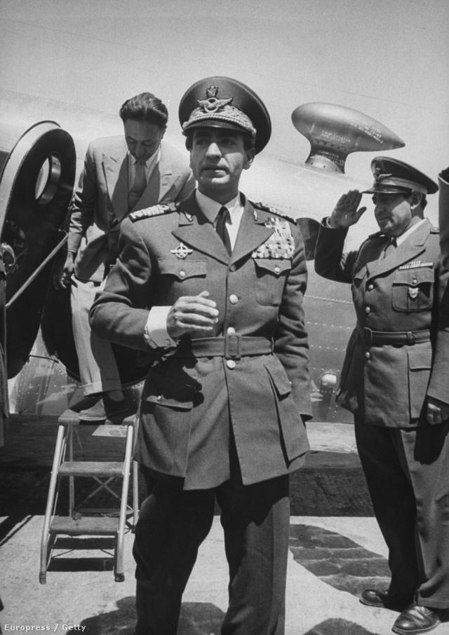 Mohamed Reza Pahlavi sah visszatérése