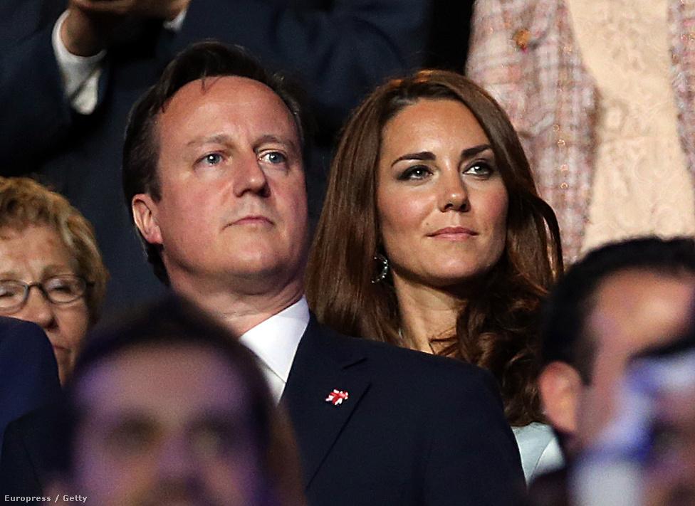 James Cameron és Kate Middleton mellett ott volt a díszpáholyban Boris Johnson, a  világ legszellemesebb polgármestere és felesége, a lakóparknevű Marina.