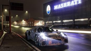 Igazi szupersportkocsit ígér a Maserati, még az idei évre