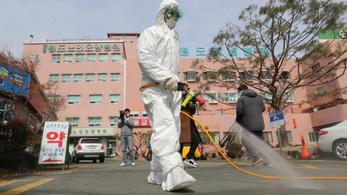 Dél-Koreában a hadseregre is kiterjed a karantén a koronavírus miatt